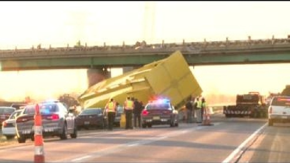 Oversized Load Strikes Port Neal Bridge and Delays Traffic
